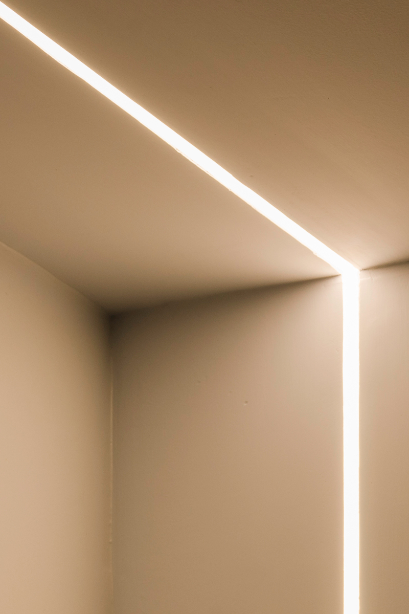 Alessandro Servalli Series of Series Photography Fine Art Lighting_C_1